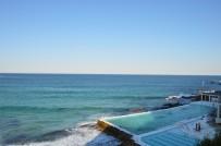 La piscine à l'eau de mer du restaurant-bar l'Iceberg